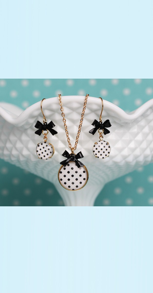 Vintage Jewelry Set Polka Dot – Necklace And Earrings - White/Black