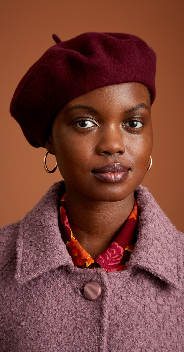 Retro Style Accessories Beret Wool in Windsor Red