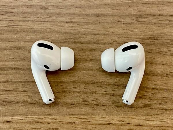 ve-sinh-airpods-pro-2