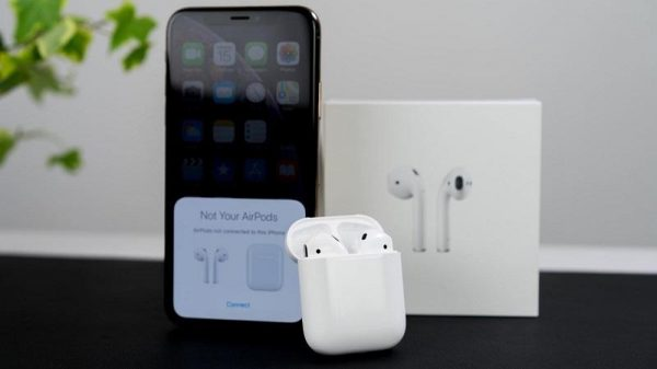 airpods-voi-iphone-2020-3