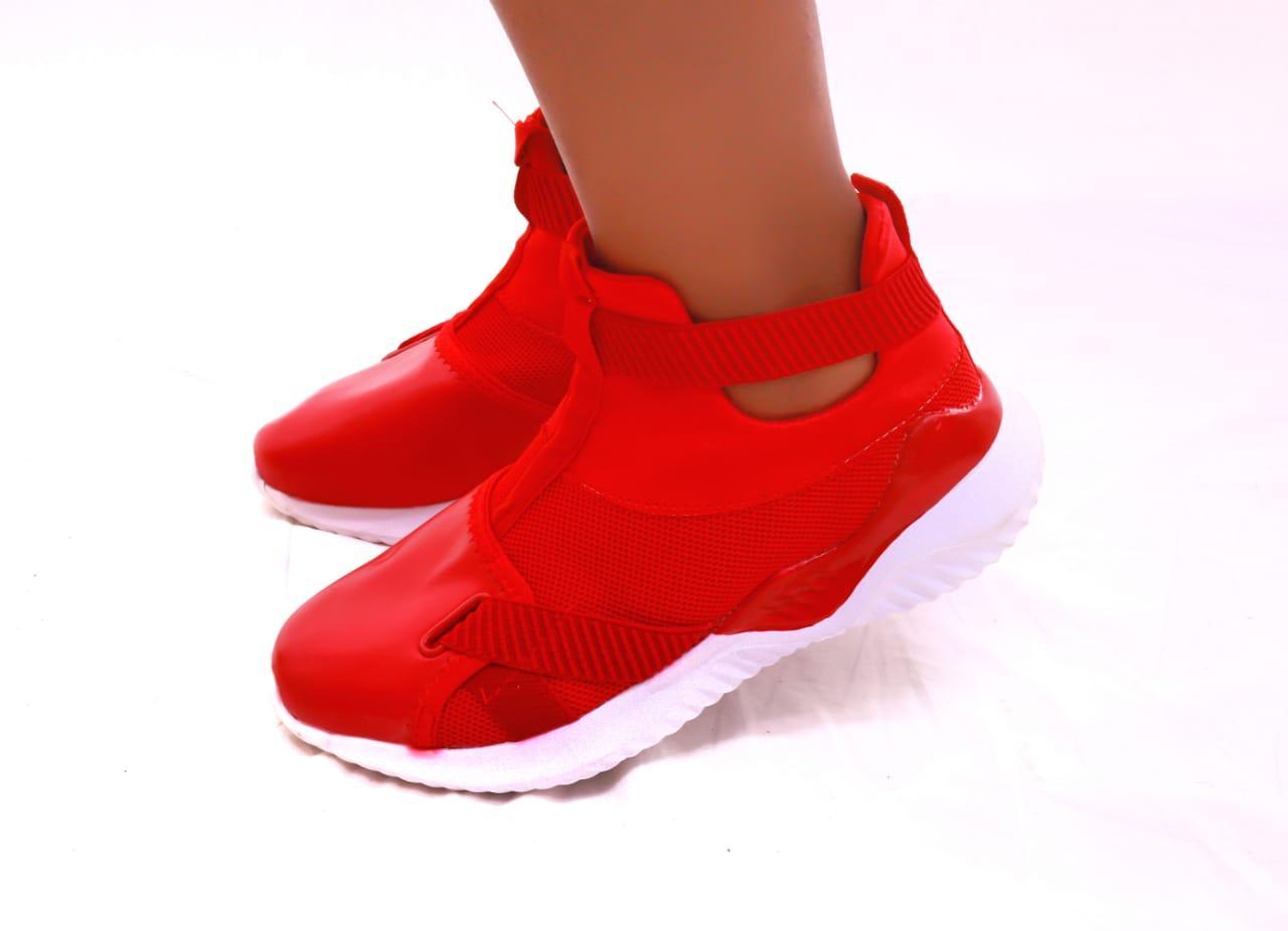 Sandra Comfy Sneakers