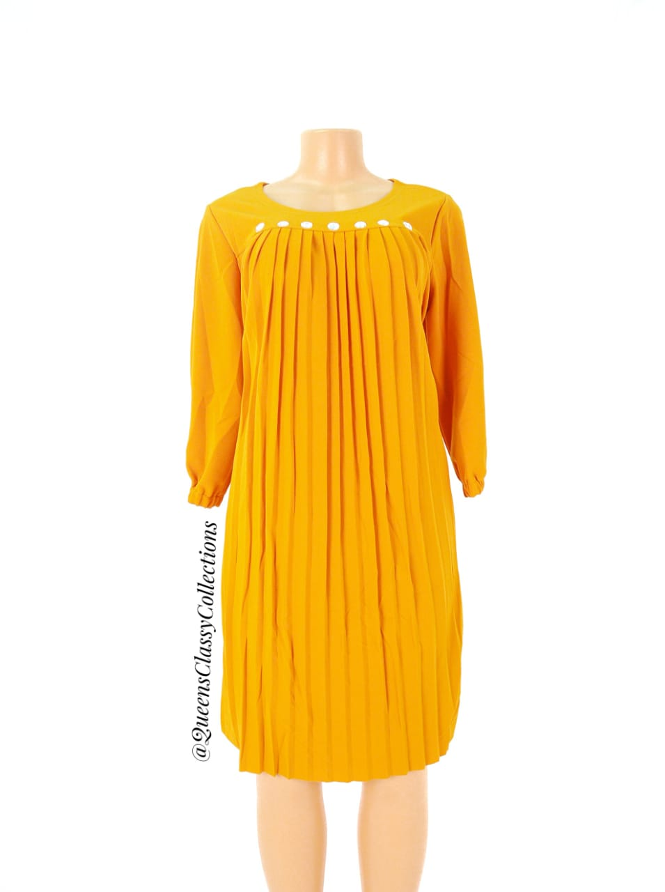 Front beaded pleated sh..