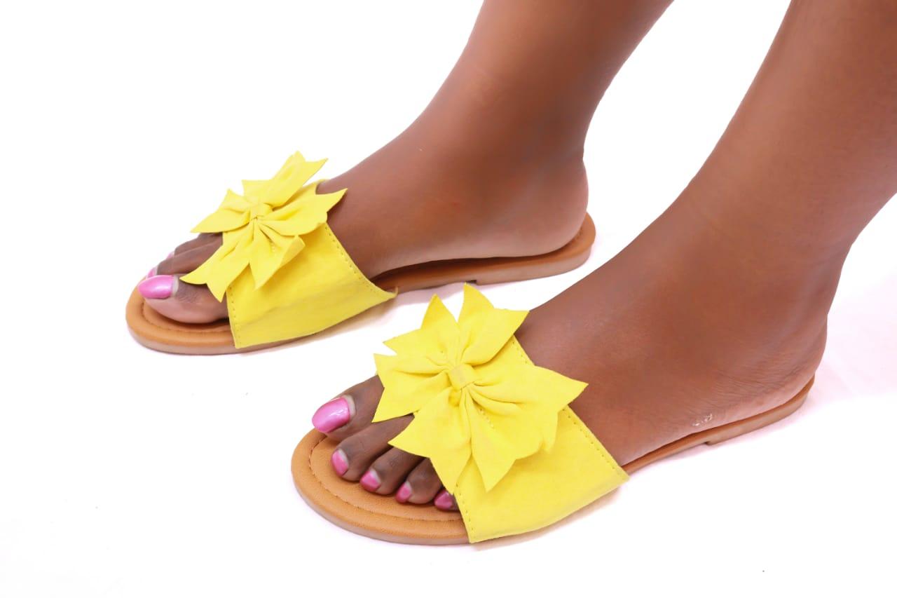 Leisure Bowtie Open Sandals