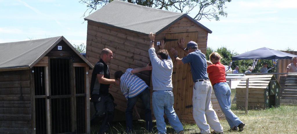Moving Shed with five people