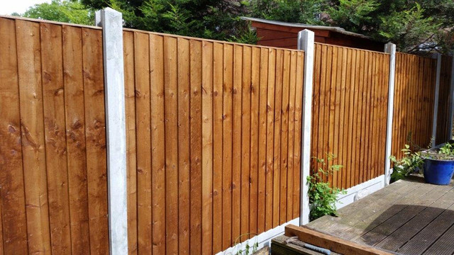 Feather-Edge-Fence-Panel-Pressure-Treated-Brown-3.jpg