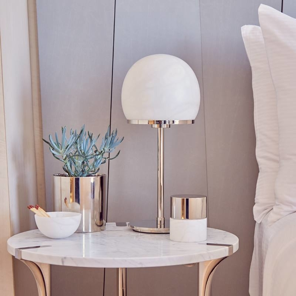 Elegance and tranquility at the bedside