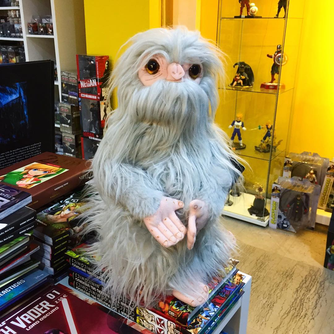 Noble Collection Animali Fantastici Peluche Demiguise plush toy 28cm