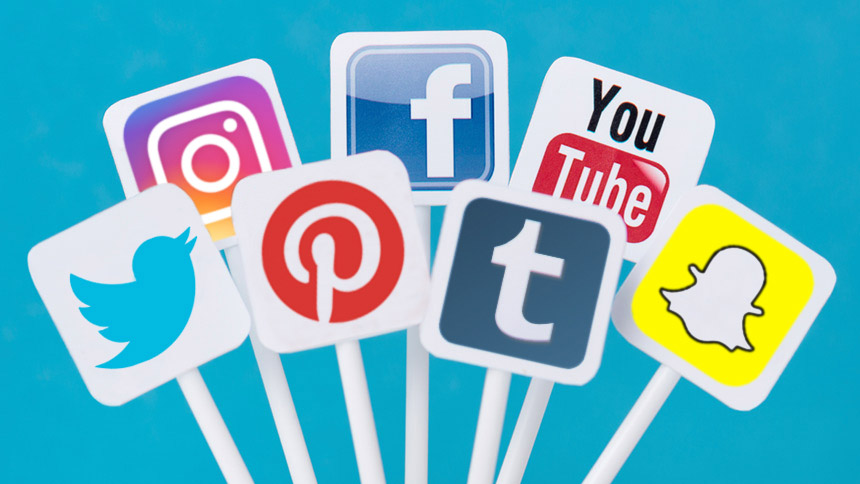 How Can Social Media Help Boosting e-Commerce Sales?