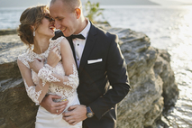 VOWS Bridal Outlet | Discounted Designer Gowns img1