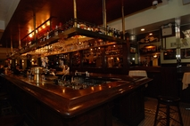 Happy Hours in Financial District Bar & Grill Restaurants img1