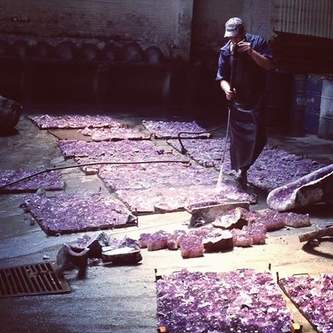 The washing of the amethyst in Brazil by our craftsmen