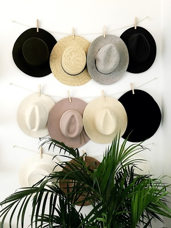 WIDE-BRIMMED HATS STYLISH STORAGE SOLUTIONS