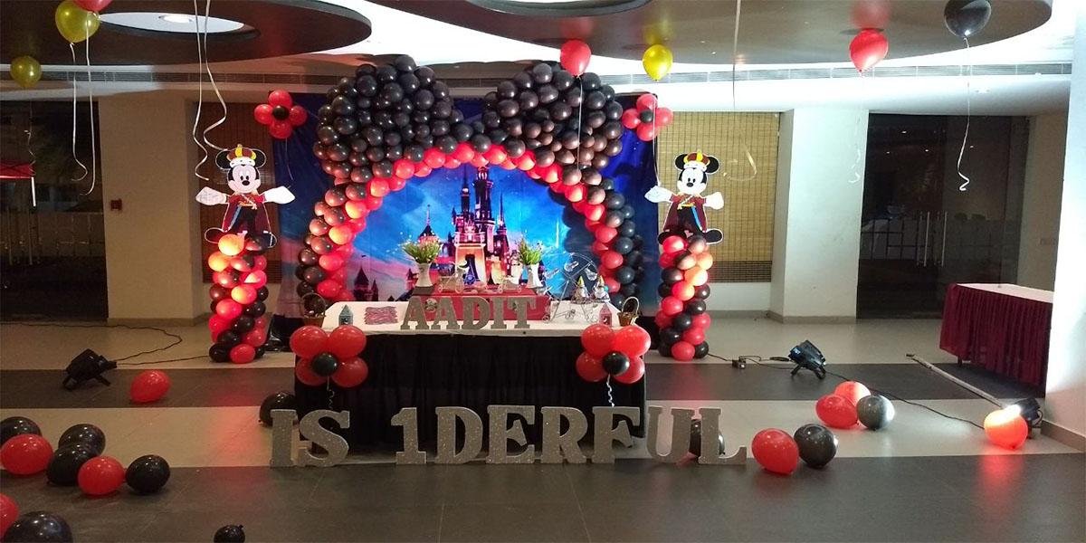 Mickey Hybrid Theme Decoration -