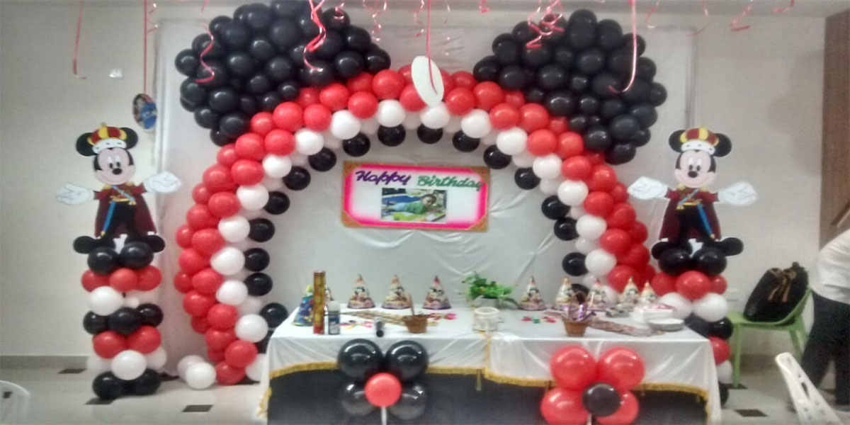Hybrid Arch Mickey Theme Decoration -