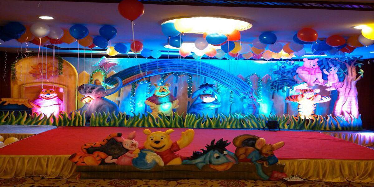 3D Winnie Hybrid Theme Decoration -