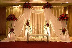 Classic Engagement Decoration -