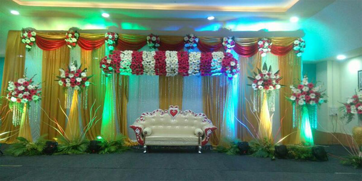 Ravishing Engagement Decoration -