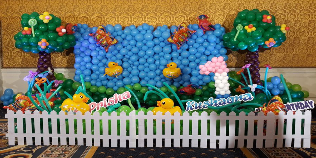 Balloon Wall Duck Decoration -