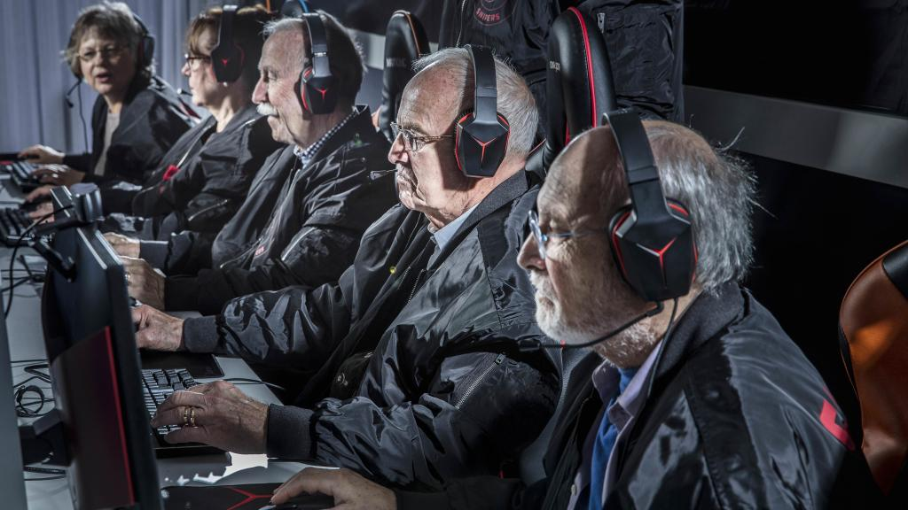 The Silver Snipers are a CS:GO team in Sweden where the youngest member is 62 and the oldest 81 by crenk