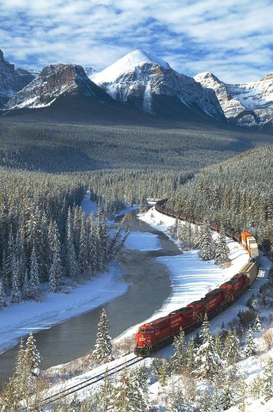 Train through Banff National Park - Amazing Mountains by crenk