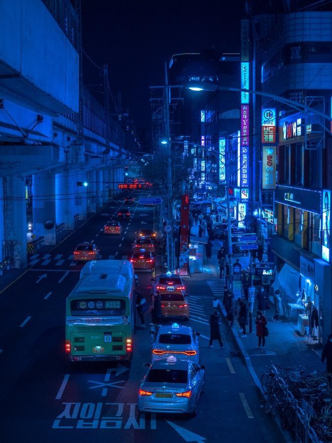 Cars on a dark night road - Coree du Sud - Seoul by crenk