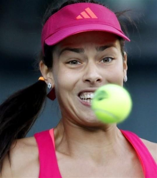 Ana Ivanovic playing in the recent tournament in Tokyo, Japan 2011 by crenk
