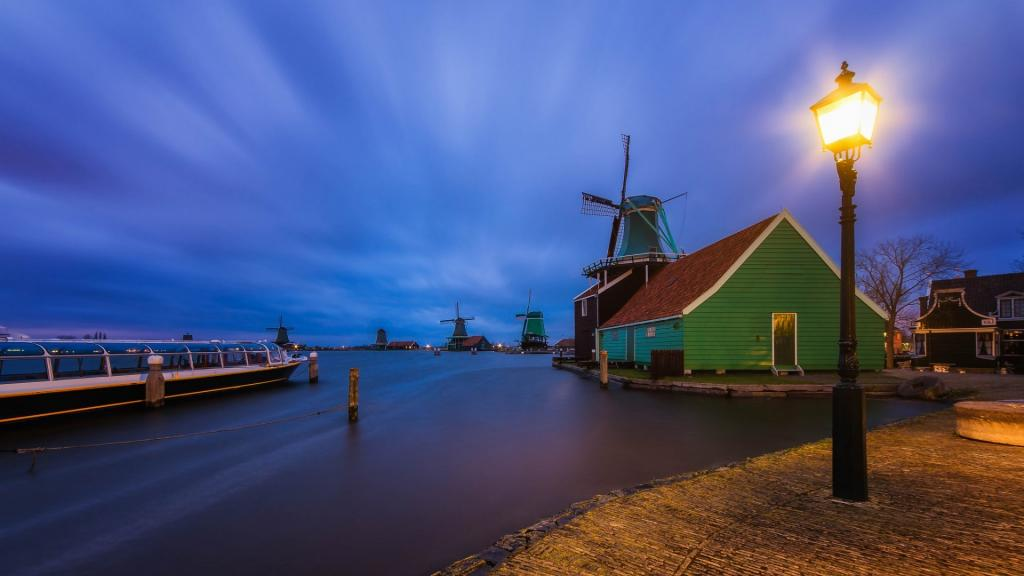 Amazing Windmill on the Water in the Netherlands by crenk