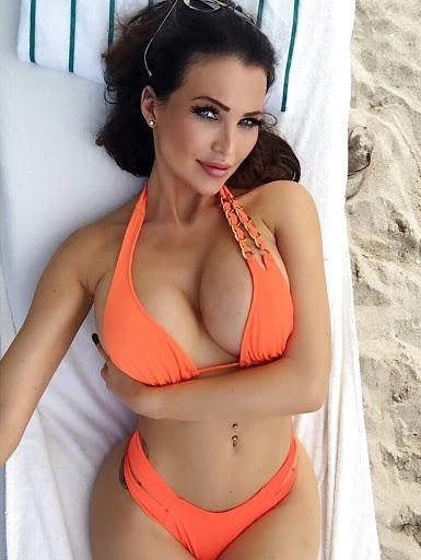 Helen De Muro - Pushing Up Her Boobs in Sexy Bikini by crenk