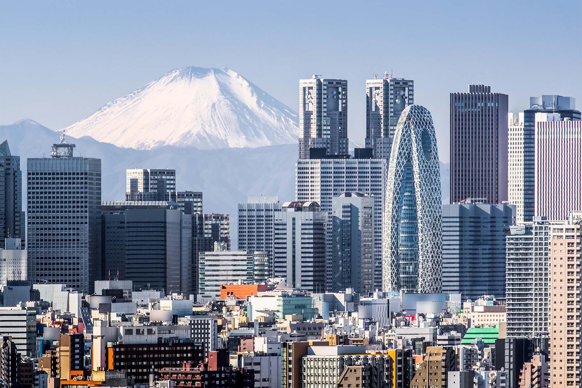 Tokyo skyline with Mt. Fuji