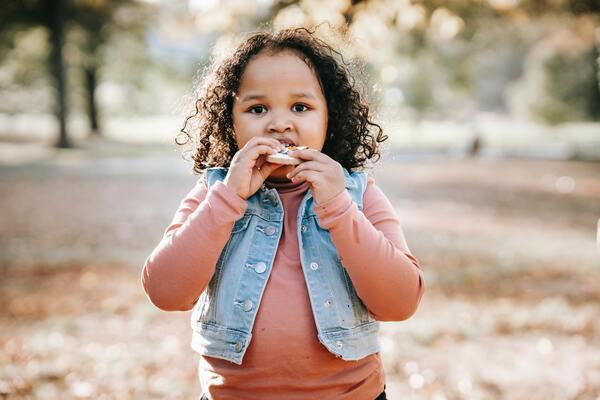 Trẻ em sản xuất đủ insulin để tích trữ glucose thành mỡ