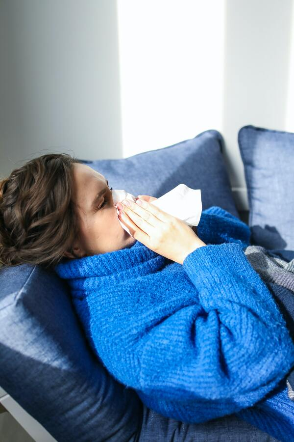 Nghỉ ngơi là cách tốt nhất để nhiệt độ cơ thể trở về bình thường