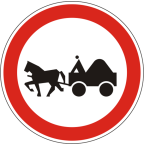 2213 - Prepovedan promet za vprežna vozila oziroma jahače, goniče in vodiče živali