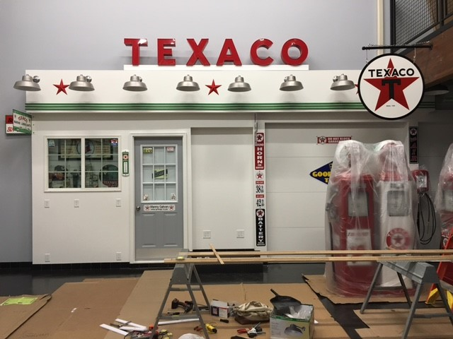 TEXACO channel letters sign
