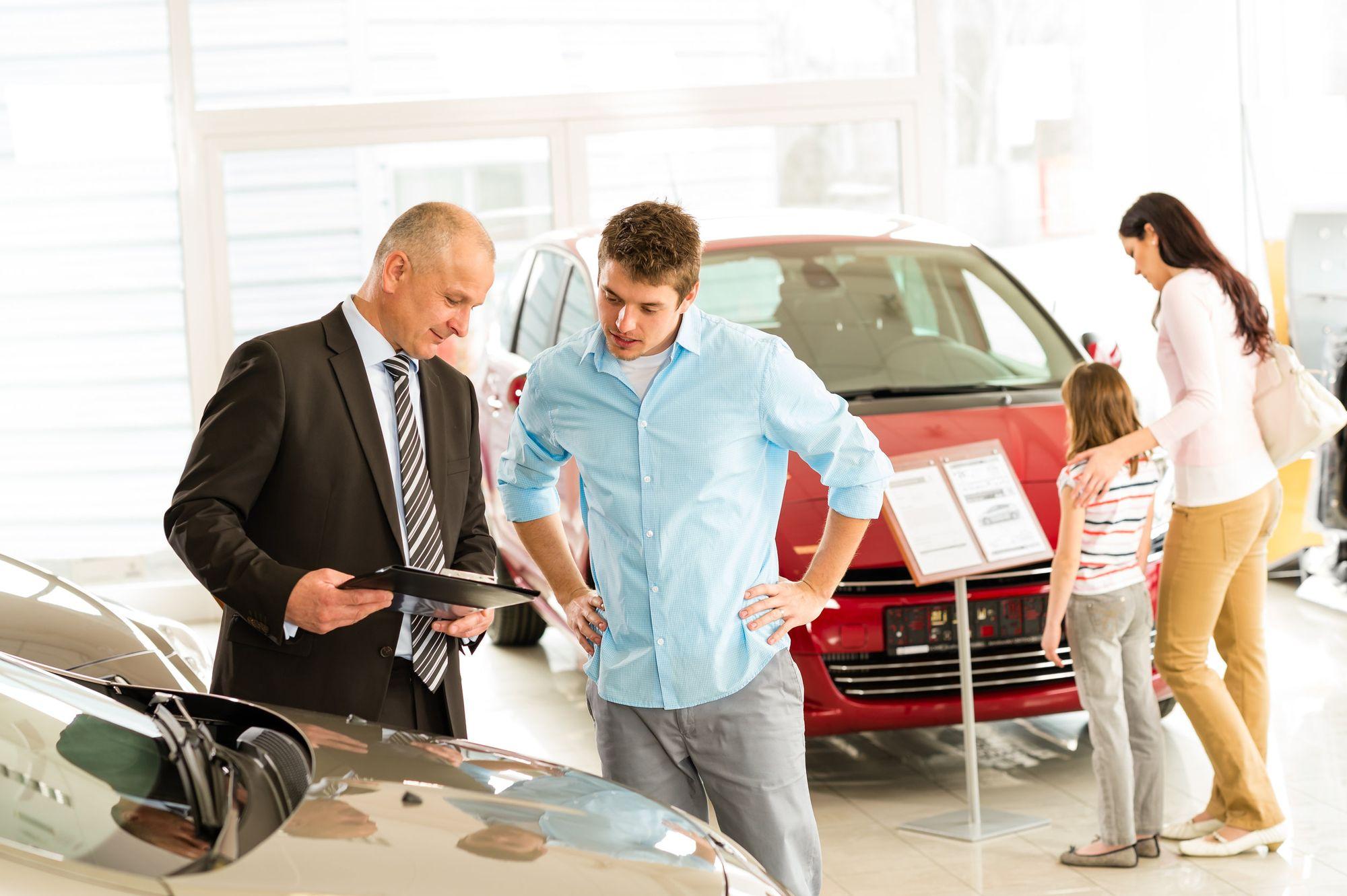 Elementos que debes tomar en cuenta al comprar un carro en Dallas Texas