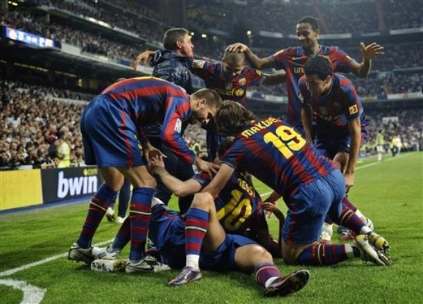 Prensa española destaca paliza del Barcelona sobre el Real Madrid de Mourinho