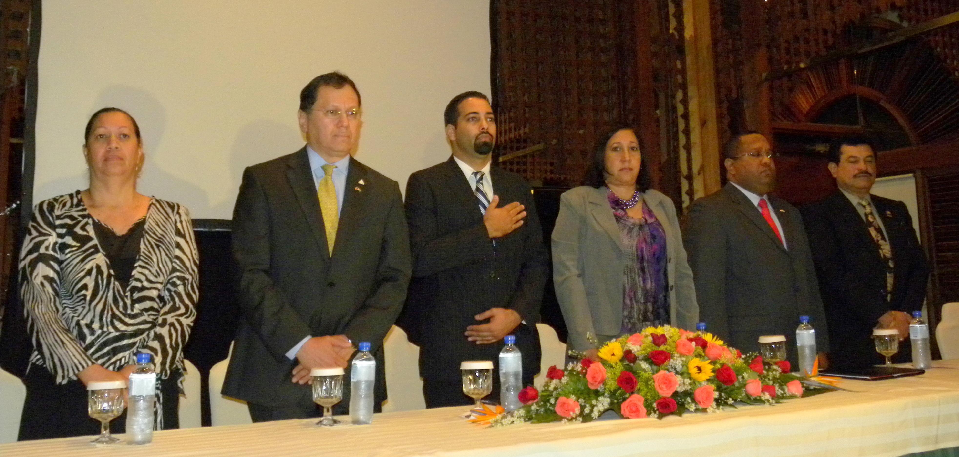 ADAA clausura seminario internacional