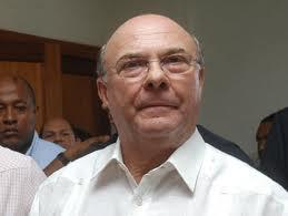 """Hipólito Mejía """"no responde a ministros"""" acusaciones de corrupción"""