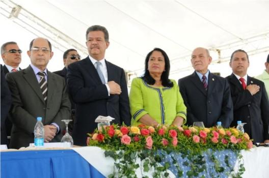 Presidente Fernández inaugura obras por más de RD$700 millones en el Sur