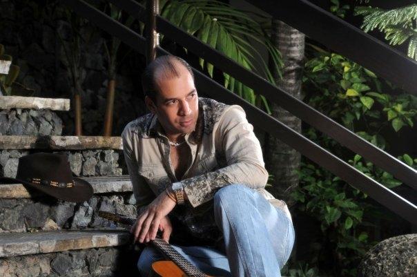 Tributo a Joaquín Sabina con el cantautor Lenny Abreu