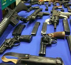 Interior y Policía incautará en enero armas con licencias vencidas