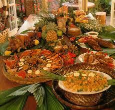 Dominicanos se preparan para la tradicional cena de Nochebuena