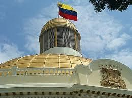 El Parlamento venezolano aprueba una reforma que regula internet