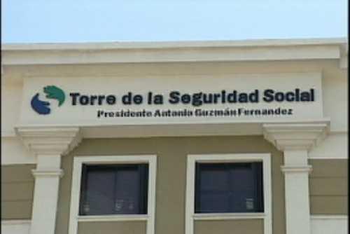 Médicos denuncian Gobierno y empresarios quieren apropiarse de RD$7,500 MM de Seguridad Social