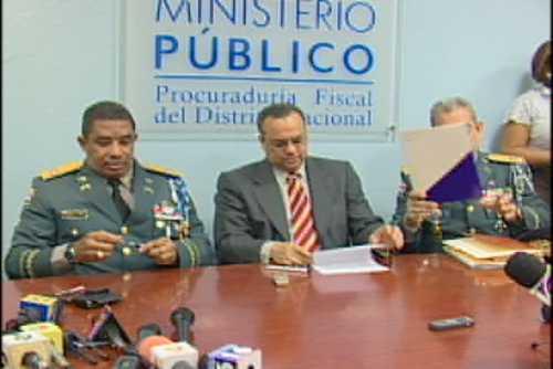 Fiscalía DN y Policía firman acuerdo para cooperación en educación