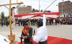Alcalde peruano recibe 3 azotes para