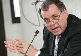 Procurador de Colombia dice que no es conveniente asesoría de Garzón