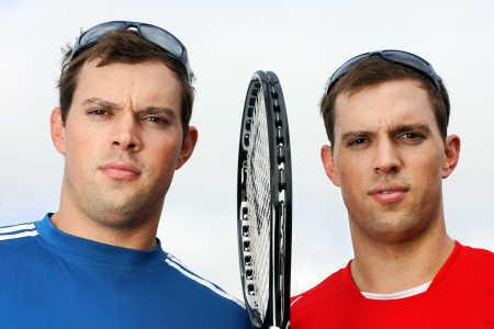 Bob y Mike Bryan disputarán su séptima final en Australia