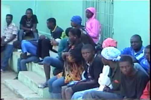 Migración continúa con repatriación de haitianos; cifra se eleva a 700
