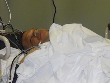 Reducen 70% del estómago al diputado Carlos Gómez por cirugía bariátrica