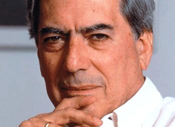 Vargas Llosa obtiene premio de periodismo por su